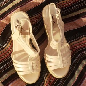 Qupid - Nude Wedges, Size: 6, (5 in.)